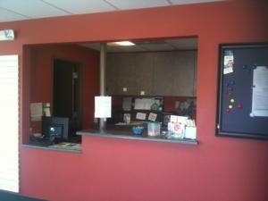 Image of Auburn Blvd Self Storage Facility on 5441 Garfield Ave  in Sacramento, CA - View 3