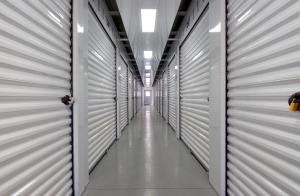 B&C Storage - Liverpool/Clay - Photo 2
