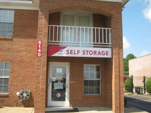 Devon Self Storage - Shelby