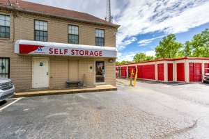 Devon Self Storage - Moriarty - Photo 2