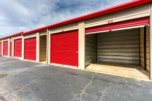 Devon Self Storage - Moriarty - Photo 4