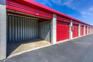 Cheap Storage Units At Devon Self Storage Gene Autry In