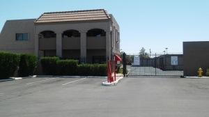 Image of StorQuest - Tempe/Southern Facility on 215 East Southern Avenue  in Tempe, AZ - View 2