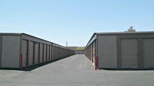 Image of StorQuest - Tempe/Southern Facility on 215 East Southern Avenue  in Tempe, AZ - View 4