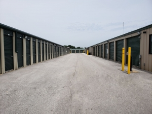 Global Self Storage - Merrillville - Photo 11