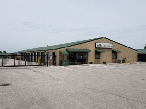 Global Self Storage - Merrillville - Photo 1
