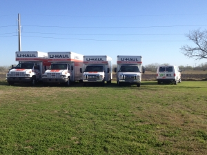 Image of TCB Self Storage Facility on 2415 East Caesar Avenue  in Kingsville, TX - View 4