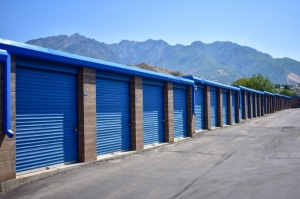 STOR-N-LOCK Self Storage - Cottonwood Heights - Photo 9