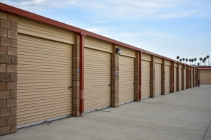 STOR-N-LOCK Self Storage - Redlands - Mentone - Photo 4