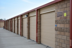 STOR-N-LOCK Self Storage - Redlands - Mentone - Photo 11
