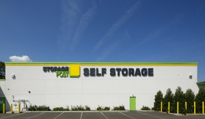 Storage Post Glen Cove - Photo 3