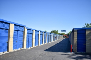 STOR-N-LOCK Self Storage - Boise - Fairview at Curtis - Photo 4