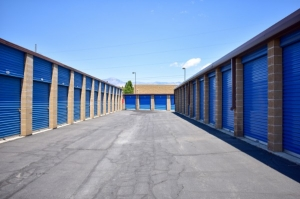 STOR-N-LOCK Self Storage - Riverdale - Ogden - Photo 4