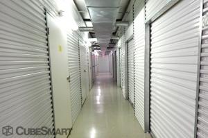 Image of CubeSmart Self Storage - Sugar Land Facility on 1450 Highway 6  in Sugar Land, TX - View 4