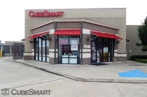Image of CubeSmart Self Storage - Pearland - 3045 Business Center Drive Facility at 3045 Business Center Drive  Pearland, TX