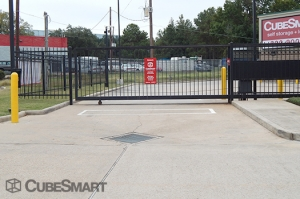 CubeSmart Self Storage - Spring - 765 Sawdust Road - Photo 6
