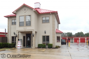 Image of CubeSmart Self Storage - Humble - 7900 Farm To Market 1960 Facility on 7900 Farm To Market 1960  in Humble, TX - View 2