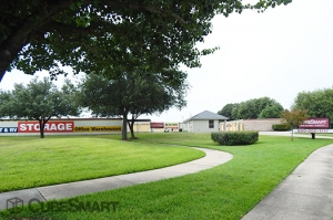 Picture of CubeSmart Self Storage - Houston - 10030 Blackhawk Boulevard