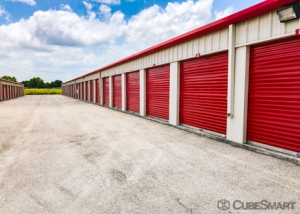 CubeSmart Self Storage - Kyle - 21400 Interstate 35 - Photo 3