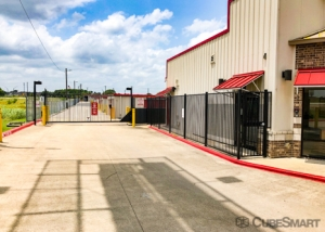 CubeSmart Self Storage - Kyle - 21400 Interstate 35 - Photo 4