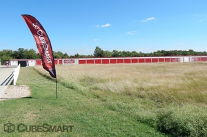 Image of CubeSmart Self Storage - Hutto - 110 South Fm 1660 Facility on 110 SOUTH FM 1660  in Hutto, TX - View 3