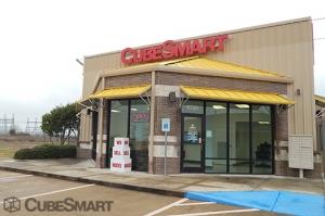 Image of CubeSmart Self Storage - Richmond - 9720 Harlem Road Facility at 9720 Harlem Road  Richmond, TX
