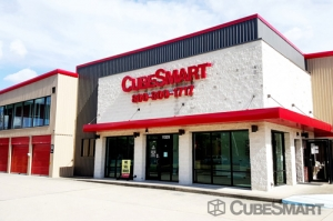 Picture of CubeSmart Self Storage - Houston - 11325 Westpark Drive