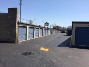 Cheap Storage Units At Secure Ez Storage Hamilton In