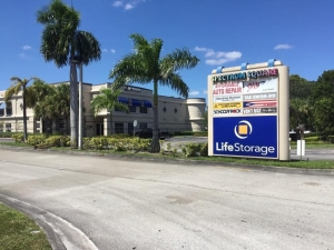 Life Storage - Lake Worth - South Military Trail - Photo 5
