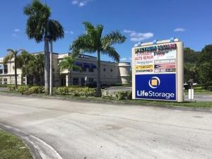Image of Life Storage - Lake Worth - South Military Trail Facility on 7411 South Military Trail  in Lake Worth, FL - View 2