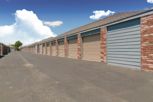 Image of Security Self Storage - Sycamore Facility on 3030 Sycamore School Road  in Fort Worth, TX - View 2