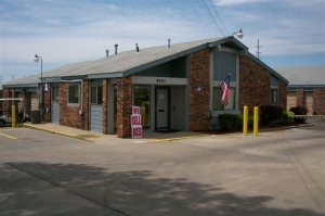 Security Self Storage - Troost