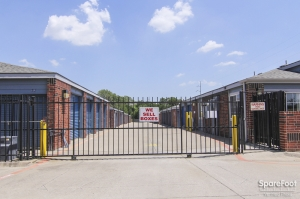 Image of Security Self Storage - Forest & LBJ Facility on 9555 Forest Lane  in Dallas, TX - View 3