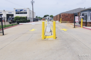 Image of Security Self Storage - Irving Facility on 3417 North Belt Line Road  in Irving, TX - View 4