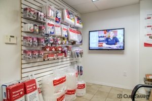 CubeSmart Self Storage - Fort Lauderdale - 901 Northwest 1st Street - Photo 4