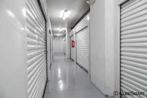 Picture of CubeSmart Self Storage - Fort Lauderdale - 901 Northwest 1st Street