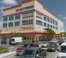 Image of Value Store It - North Miami Beach Facility on 901 North Miami Beach Boulevard  in North Miami Beach, FL - View 2