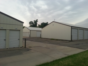 81 Self Storage - North Woodlawn