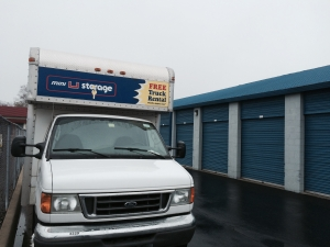 Cheap Storage Units At Mini U Storage Groesbeck Ii In