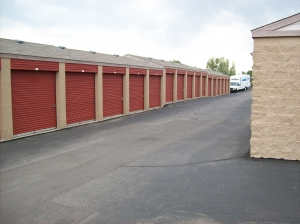Image of Mini U Storage - Jefferson County Facility on 7322 S Carr St  in Littleton, CO - View 2