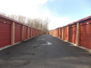 Image of Mini U Storage - Maple Shade Facility on 2841 Route 73 S  in Maple Shade, NJ - View 3