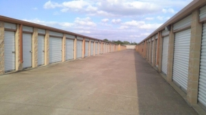Image of Life Storage - Round Rock - North AW Grimes Boulevard Facility on 1515 N Aw Grimes Blvd  in Round Rock, TX - View 2