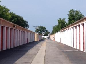 Image of SecurityPlus Self Storage Facility on 3213 Holland Road  in Virginia Beach, VA - View 4