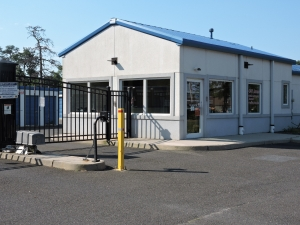 Snapbox Self Storage - Ridgeway Blvd - Photo 2