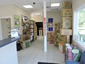 Snapbox Self Storage - Ridgeway Blvd - Photo 10