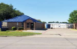 Image of Simply Self Storage - 1800 West Sublet Road - Arlington Facility at 1800 West Sublett Road  Arlington, TX