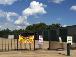 Lockaway Storage - Texarkana