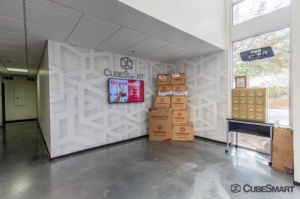 CubeSmart Self Storage - Phoenix - 2680 E Mohawk Ln - Photo 9