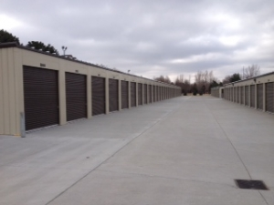 Image of South Pacific Storage Facility on 15815 Pacific Street  in Omaha, NE - View 3