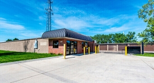 Image of StorageMart - 13th & Railroad Ave Facility at 125 S 13th St  West Des Moines, IA